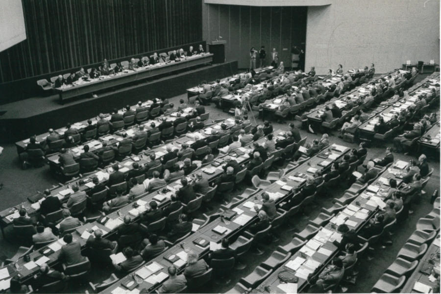 Photo of Plenary of First World Climate Conference 1979